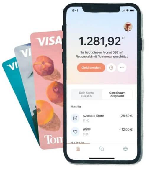 tomottow bank aktiv - abgebildet auf einem smartphone
